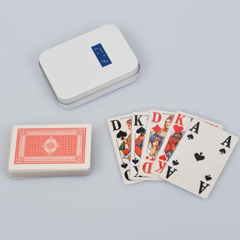 Ein Bild von dem Kartenspiel Sehbehinderten, Skatspiel mit 32 Karten französisches Deck
